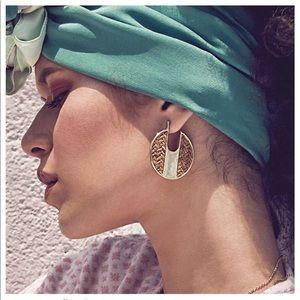 Just In! Amber Gold & Brown Earrings